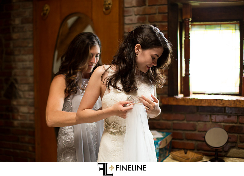 bride getting ready FINELINE weddings Greensburg PA