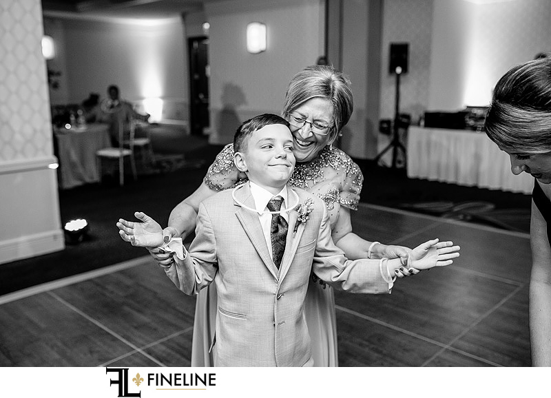 FINELINE Weddings marriott pittsburgh city center wedding