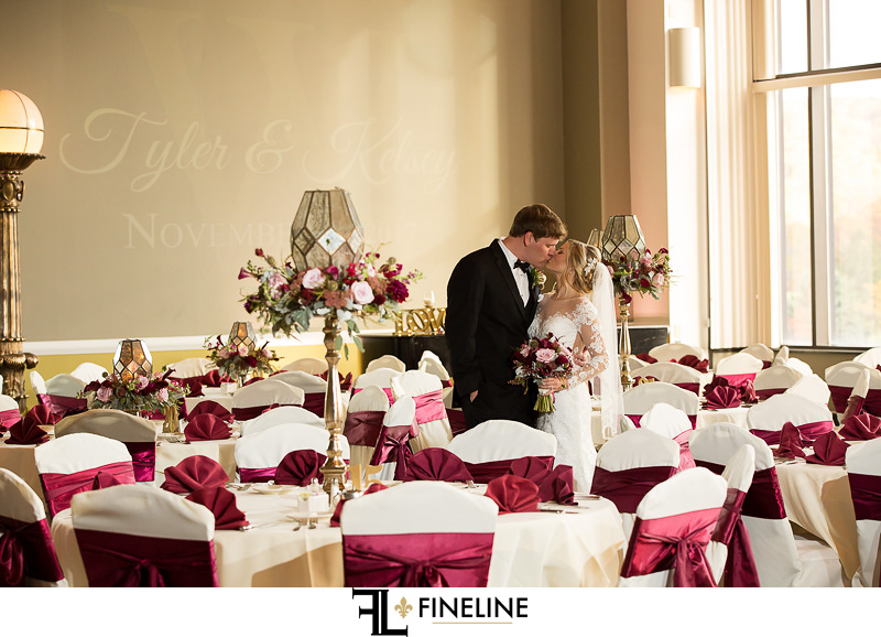 burgundy and gold wedding colors
