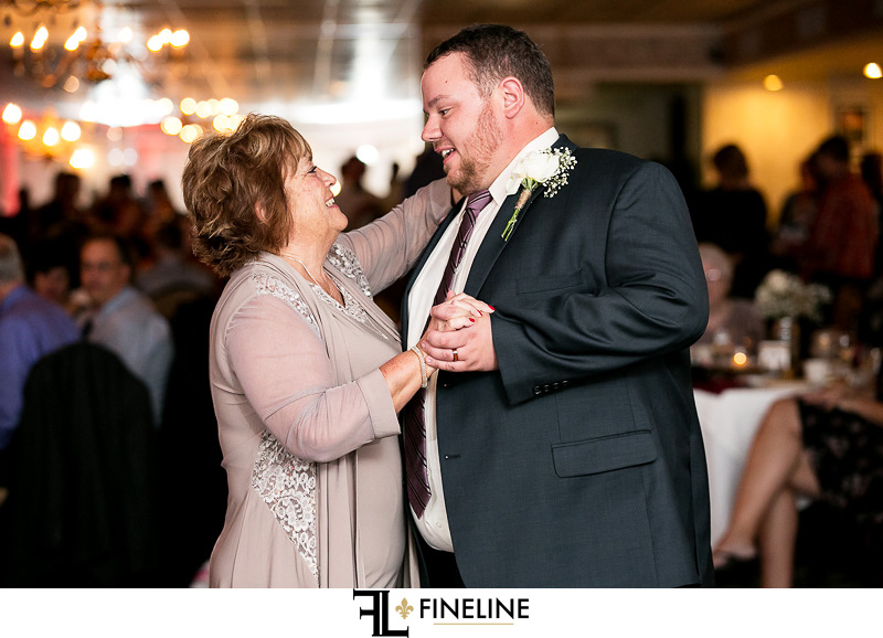 Lakeview restaurant wedding FINELINE weddings Greensburg Pa