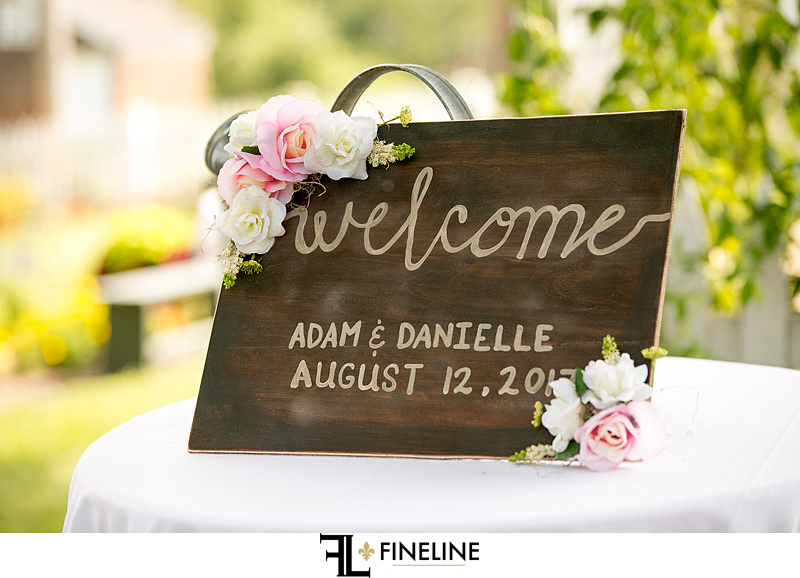 welcome sign with wedding date