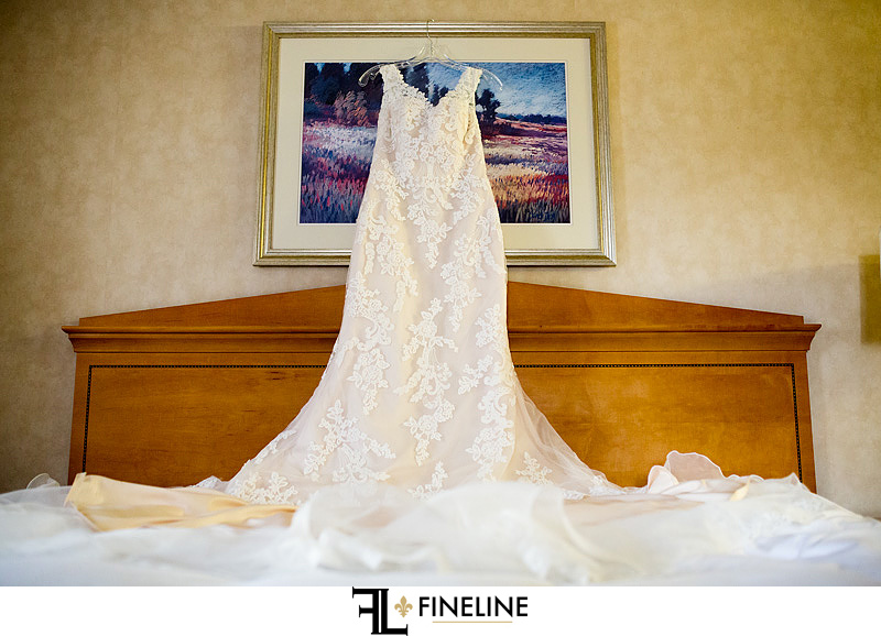 brides dress DoubleTree Downtown Pittsburgh FINELINE weddings Greensburg PA