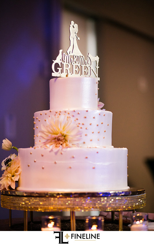 Wedding cake  FINELINE weddings Greensburg PA