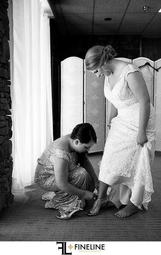 bride getting ready Photo by FINELINE Wedding Greensburg, PA