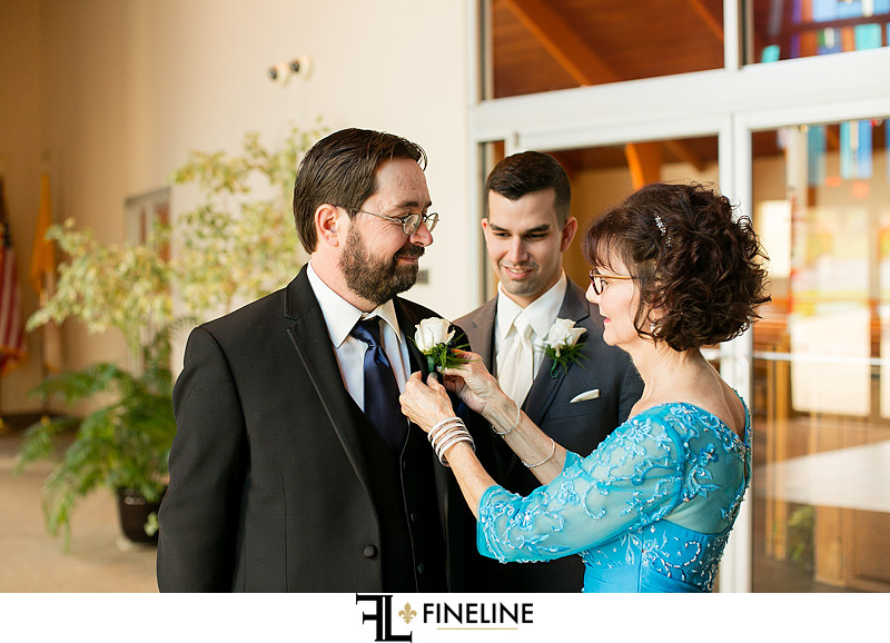 grooms family photo by FINELINE Weddings Greensburg, PA