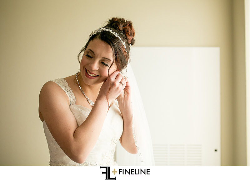 bride getting ready FINELINE weddings photography Greensburg PA