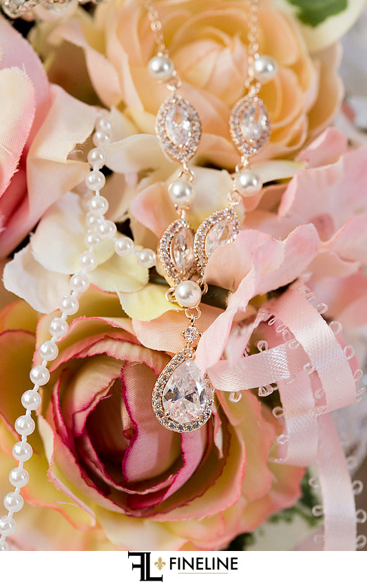 wedding necklace photo by FINELINE Weddings Greensburg, PA